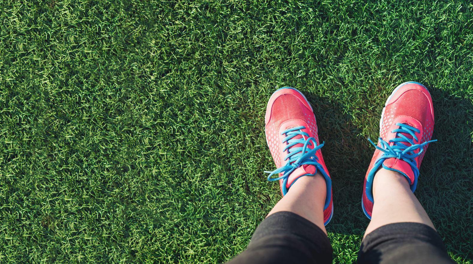 Feet Grass Joggers Diabetic Risk