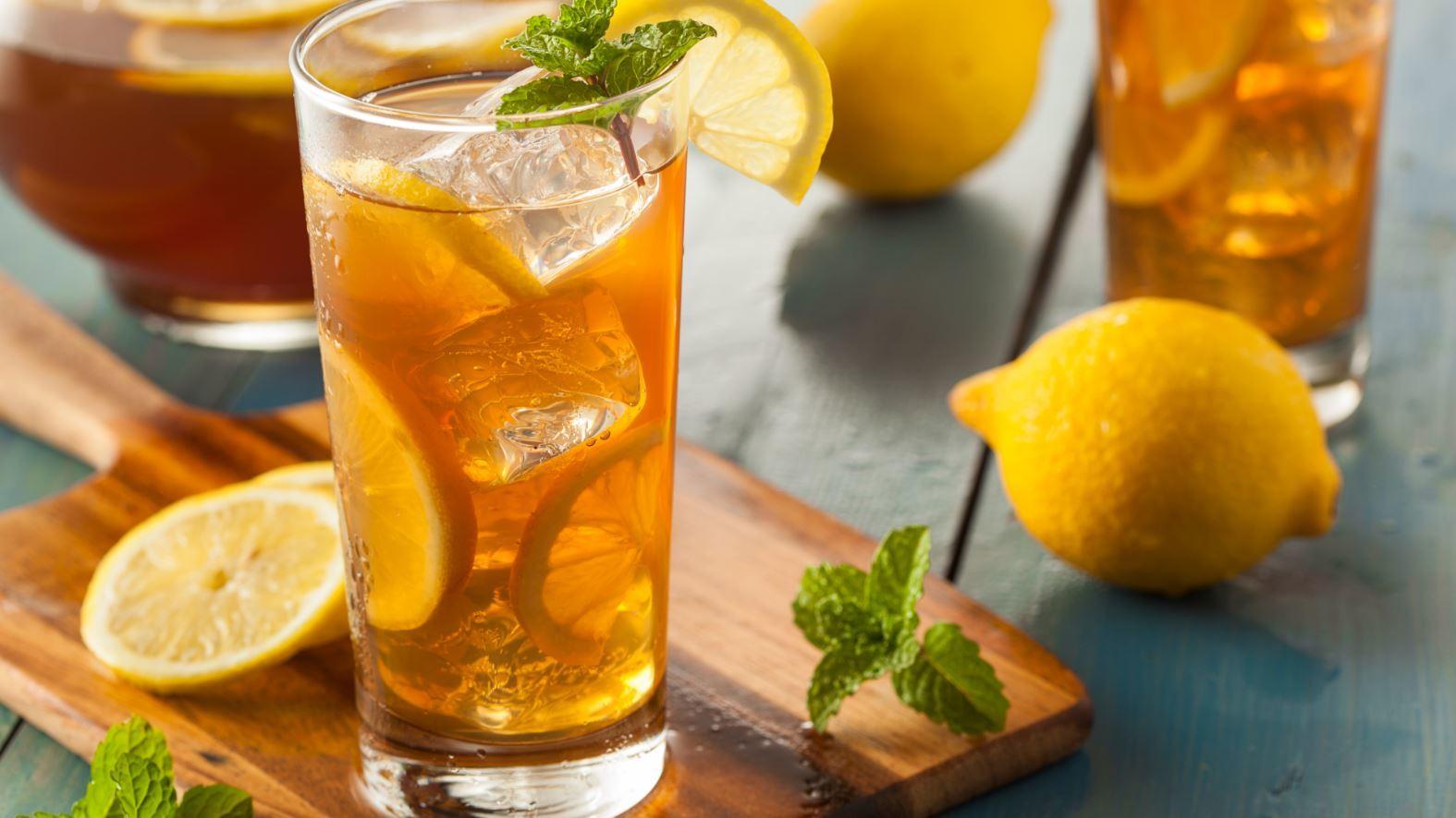 Iced Tea With Lemons Yummy
